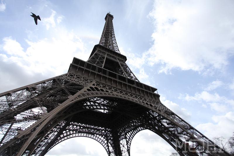 sky_view_le_tour_eiffel