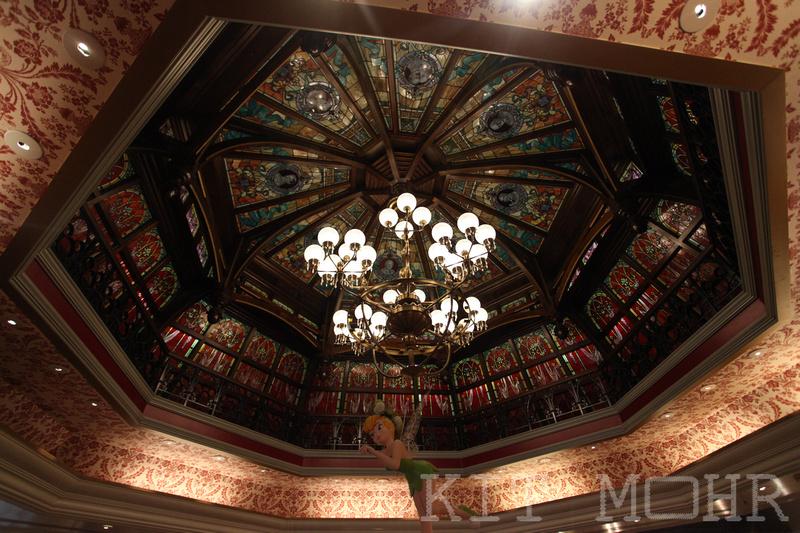 Ceiling_Disney_Paris