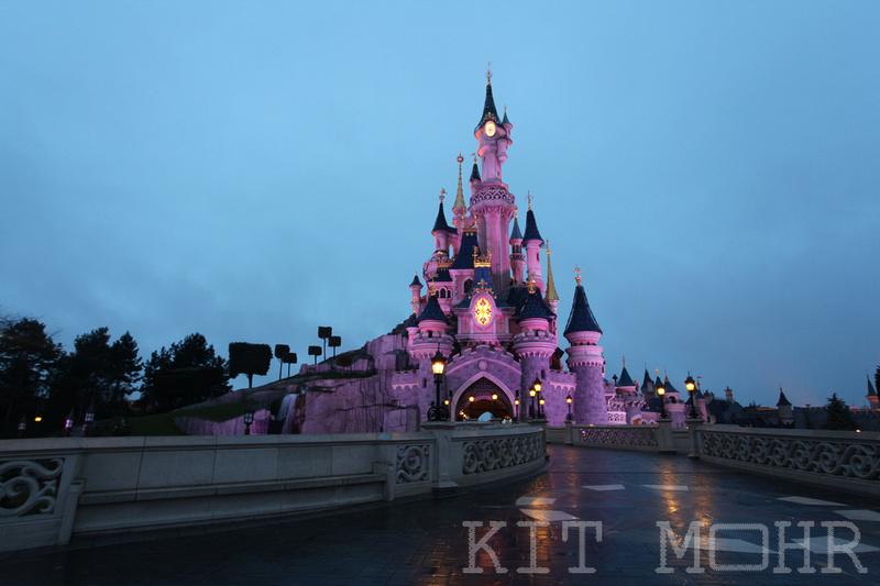 Castle_disneyland_paris
